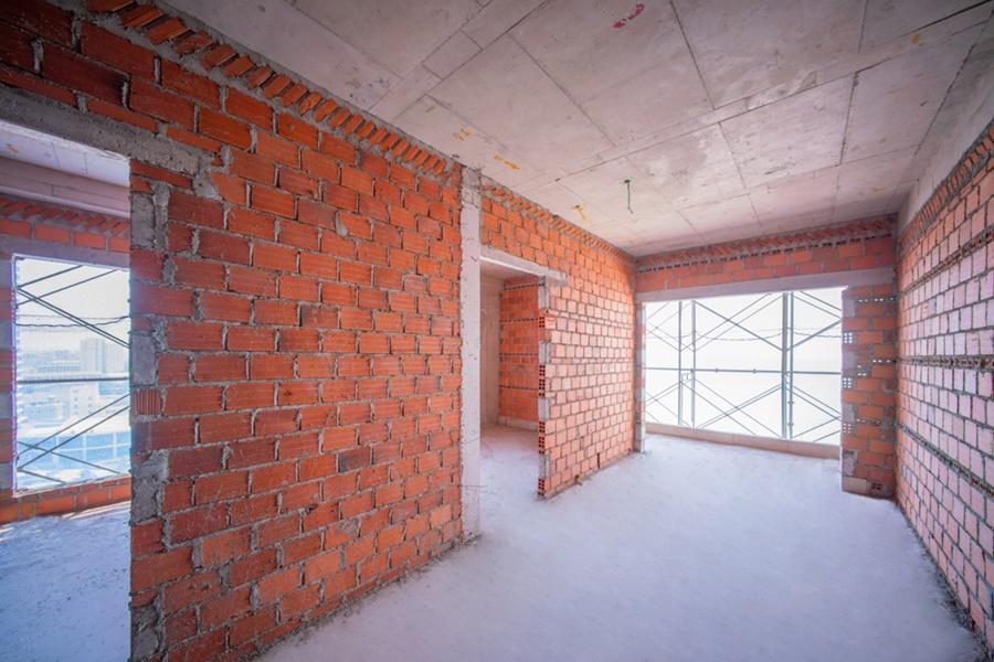 Thi công tường bao căn hộ tầng 14 Block Flamenco Quy Nhơn Melody