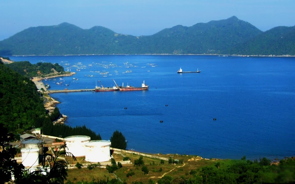 2 phương án quy hoạch dự án nghỉ dưỡng cao cấp tại vịnh Vũng Rô của Hưng Thịnh
