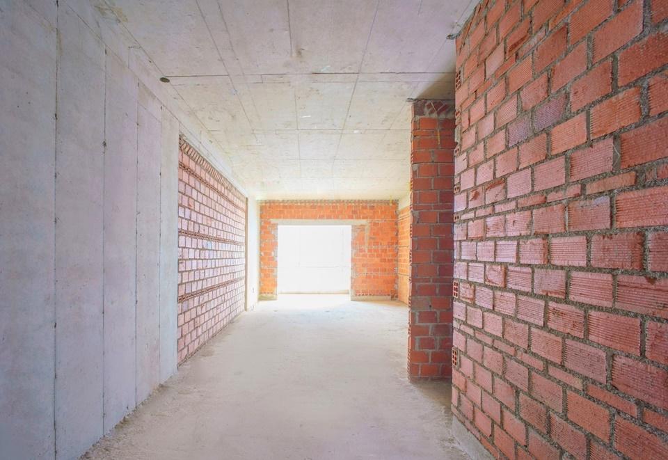 Xây tường tầng 26 Block Flamenco